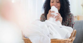 Dryer sheets with essential oils